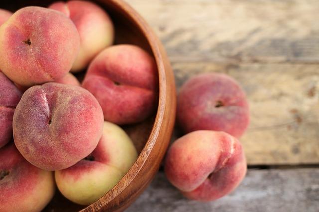 山梨の桃パフェがすごい!ラぺスカなどおすすめのカフェは?