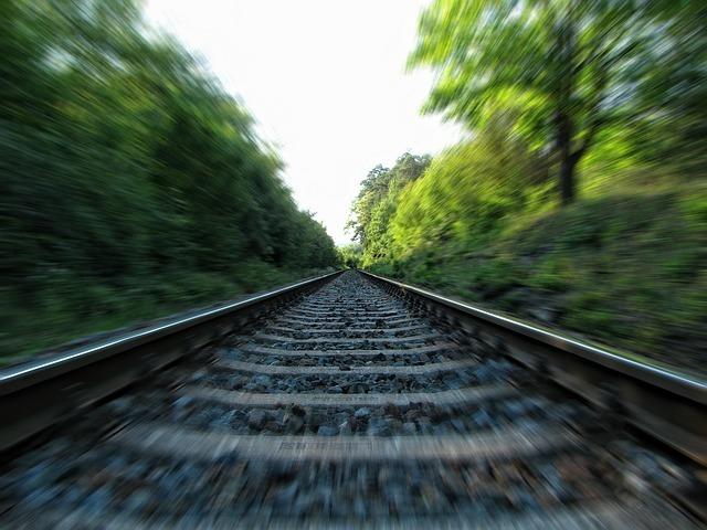 「鹿島鉄道」廃線跡を巡る旅!森の中の廃墟駅・記念館など人気の見どころいっぱい