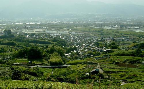 甲府盆地を詳しく知ろう!地形や気温など特徴と人気の観光は?