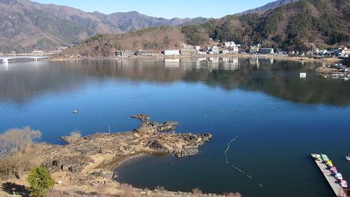河口湖から富士山を望む!間近から絶景が楽しめる旅館やホテルは?