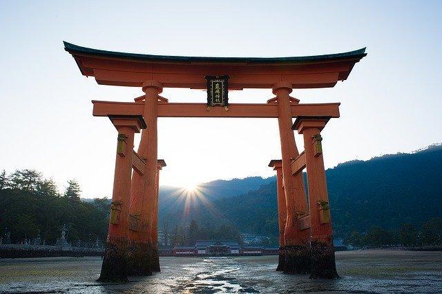 札幌の神社は人気のパワースポット!御朱印巡りの情報もご紹介