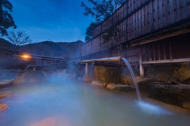 群馬・伊香保温泉のおすすめ旅館を紹介!周辺の観光スポット情報も!