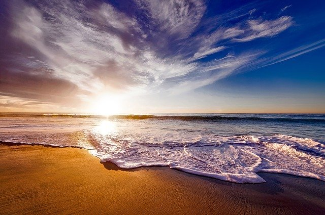 熱海のおすすめ観光スポット!食べ歩きグルメや温泉・女子旅にうれしい情報も満載