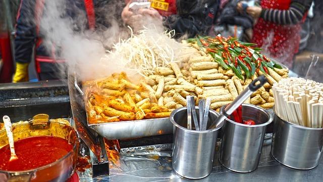 大阪のコリアンタウンが凄い!焼肉グルメはもちろん食べ歩きやコスメも買える?