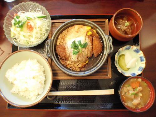霧島で人気のランチ13選!九州を代表する温泉郷の美味しいグルメ