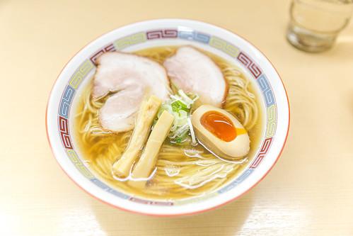 日本橋の人気ラーメン店を厳選紹介!深夜まで営業しているおすすめ店は?