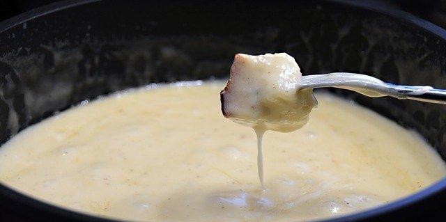 梅田のおすすめのチーズ料理店!専門店やフォンデュ・タッカルビがおいしい店は?