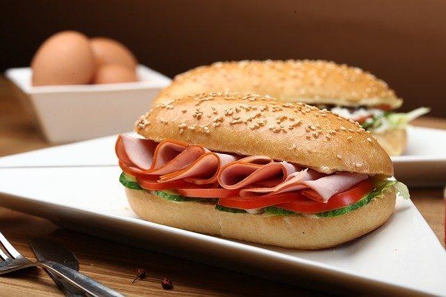 銀座「アメリカン」の名物サンドイッチを頬張ろう!テイクアウトもできる?