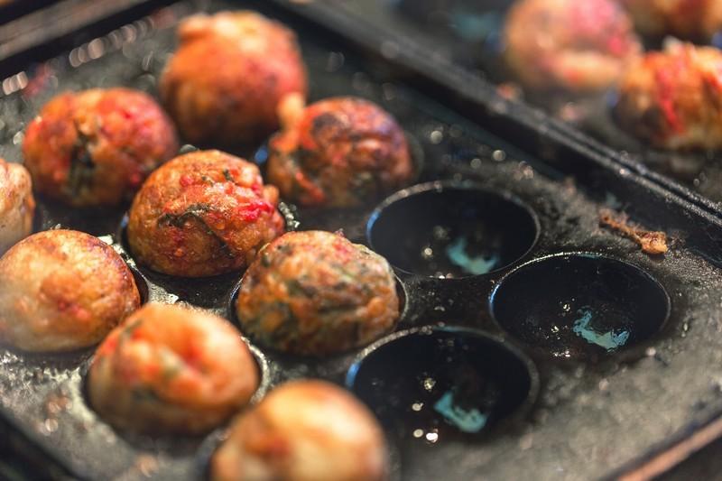 天王寺でアツアツのたこ焼きを食べよう!自分で焼くお店や食べ放題がある穴場は?