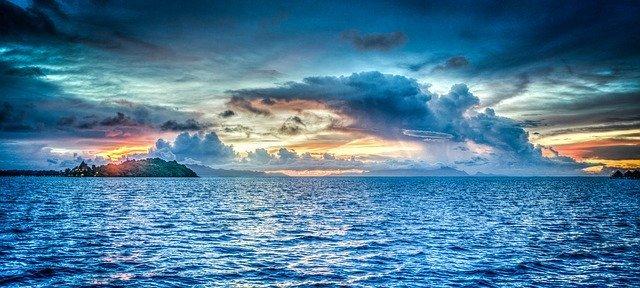 鳥取でおすすめの海水浴場とビーチ19選!自然を満喫できる絶景スポットも紹介