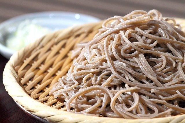 立ち食いそば屋・ゆで太郎のカロリー一覧!ダイエットにもおすすめのメニューは?