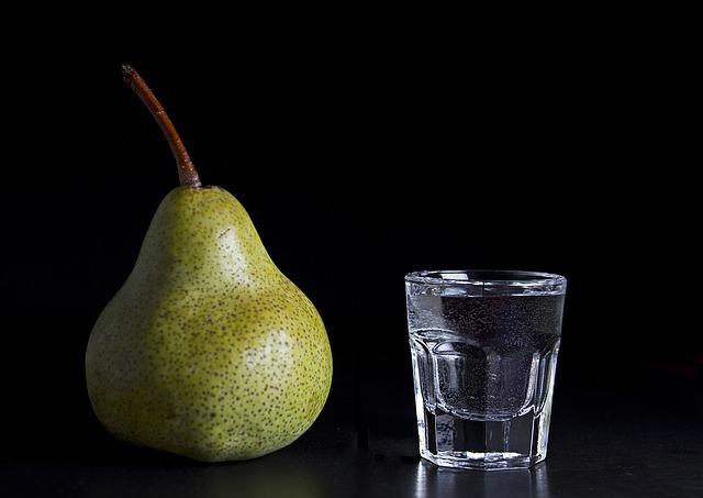 大人なお酒「スピリタス」の正しい飲み方はこれ!アルコール度数はいくつ?