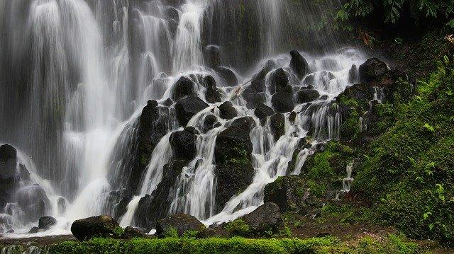 スッカン沢で滝巡りをしよう!ハイキングルートやアクセス・駐車場情報まとめ