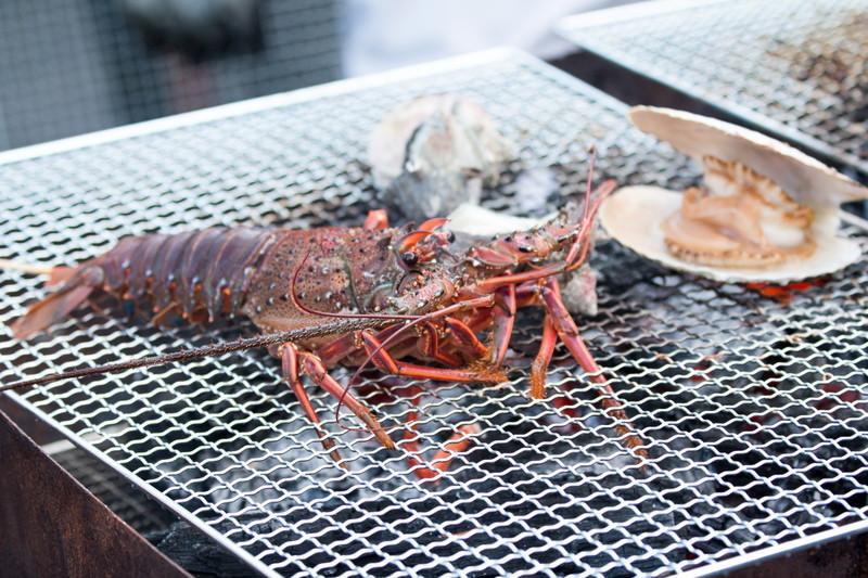 新潟の寺泊魚市場・魚のアメ横で食べ歩き!観光でも立ち寄りたいお店を厳選紹介!