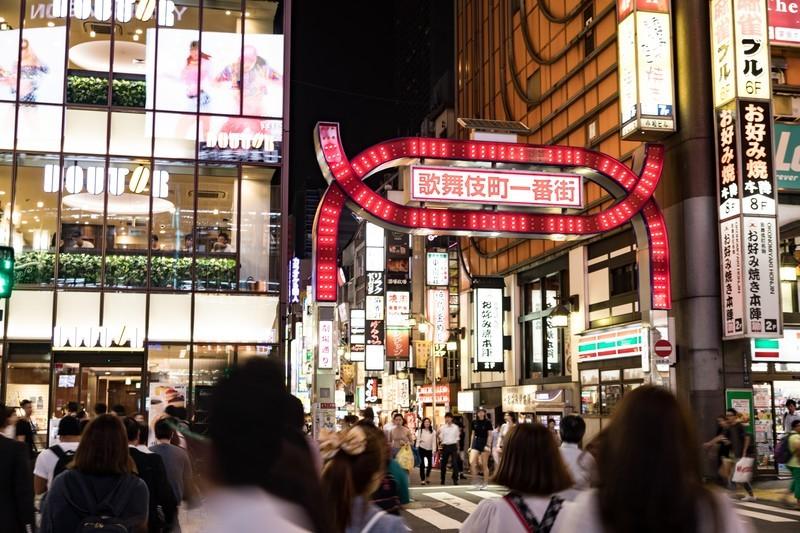 新宿・歌舞伎町の治安について調査!女性の一人歩きは大丈夫?