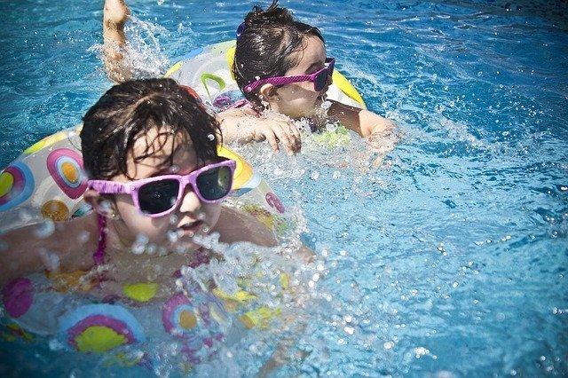 スライダーが人気の稲毛海浜公園プールの情報まとめ!料金や駐車場・アクセスは?