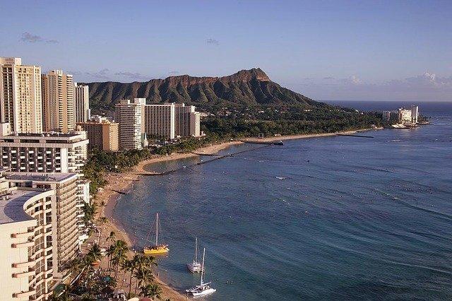 ハワイの雨季はいつ?時期毎の楽しみ方や服装・降水量は?