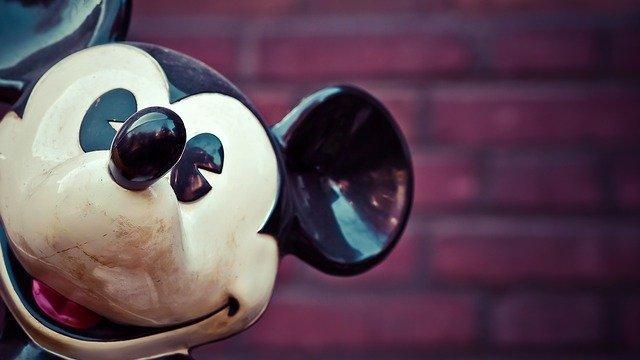 ディズニーランドの名物ミッキーワッフルがかわいい!販売場所&値段を一挙紹介!