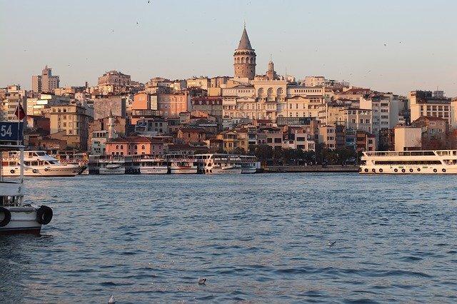 トルコの人気都市イスタンブール特集!観光・買い物スポットや気候や治安は?
