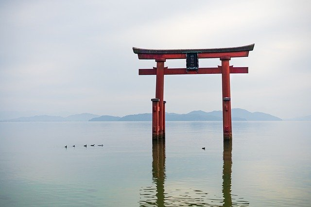 琵琶湖最強のパワースポット白鬚神社!湖上に浮かぶ鳥居は話題のインスタ映え絶景