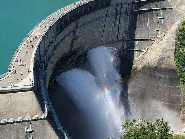 黒部ダムの観光コースならおすすめはこれ!季節による景観の見どころや行き方も