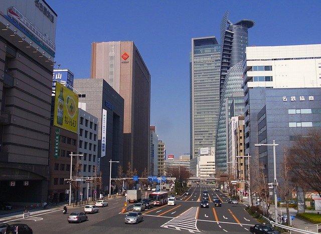 名古屋城そばの「金シャチ横丁」は絶好の観光スポット!ランチもお土産もここで