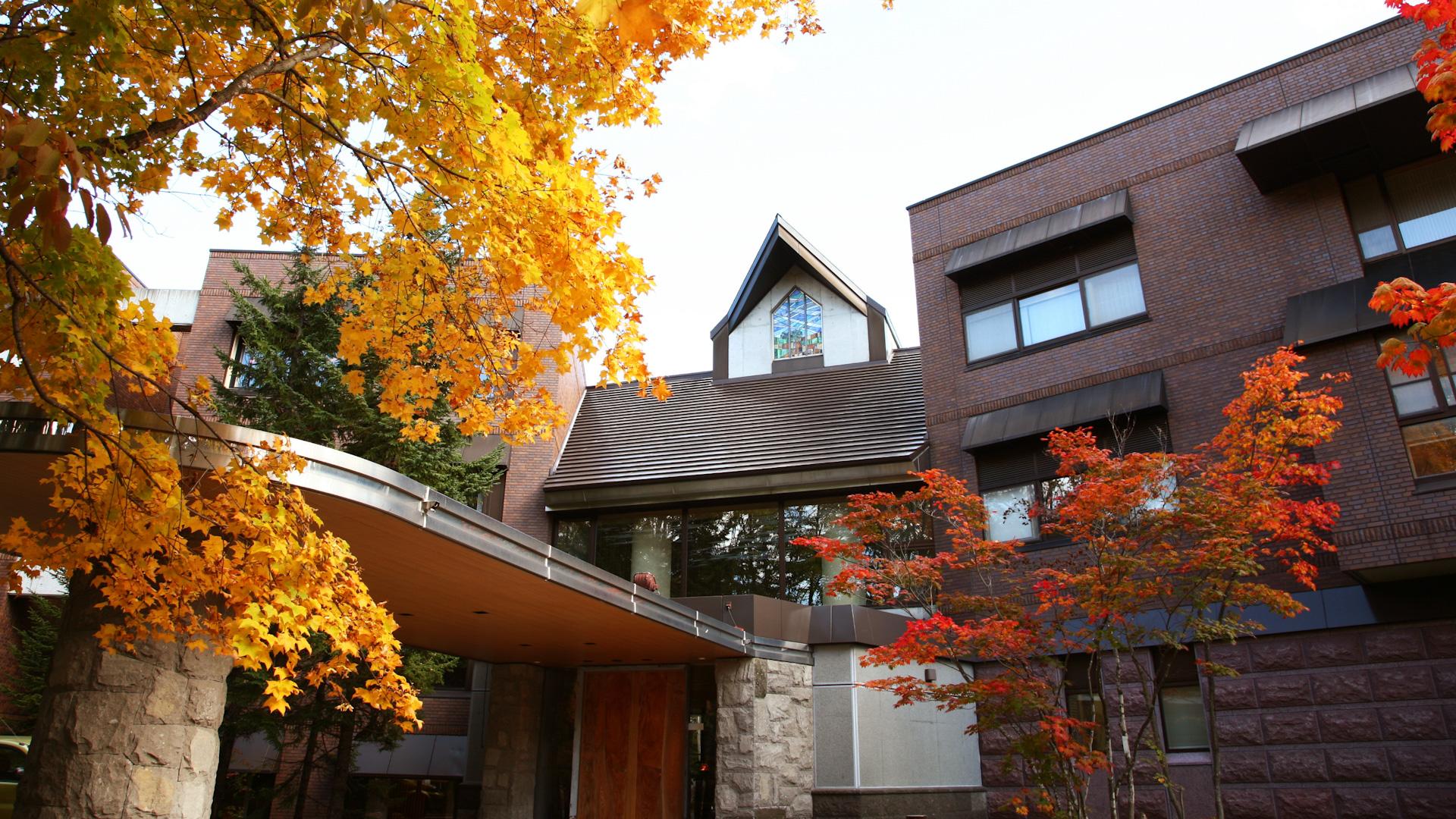 札幌「翠山亭倶楽部定山渓」で過ごす、四季を愛でるリュクスな時間