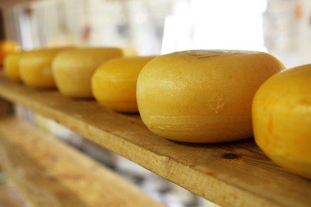 話題の「湘南チーズパイ葦」が人気の秘密を調査!気になるカロリーや店舗情報も!