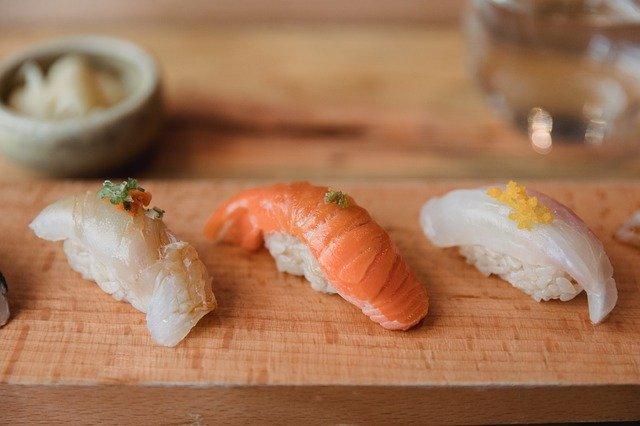 金沢まいもん寿司の上野店を特集!人気メニューやランチ・予約はできる?