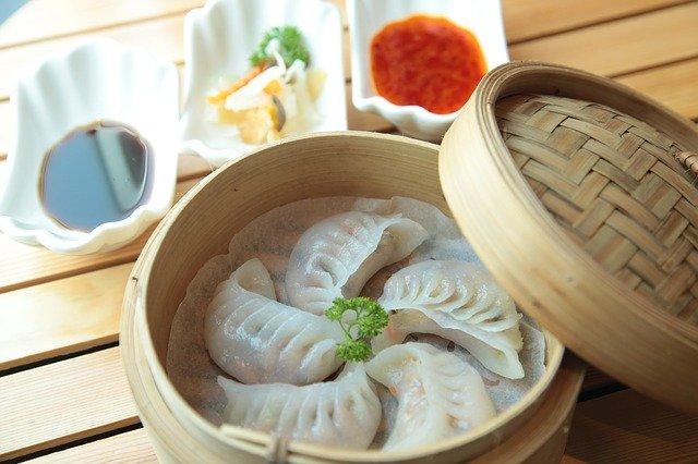 横浜中華街のおすすめ料理を徹底解説!大人気の食べ歩きグルメや食べ放題も充実!