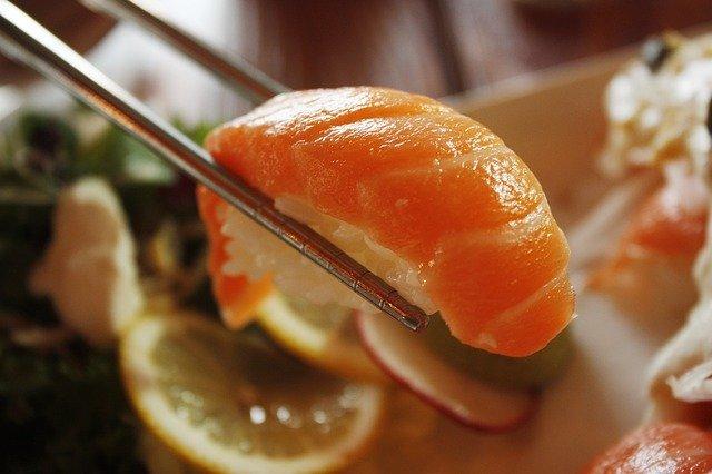 にぎりの徳兵衛の御殿場店で回転寿司を楽しもう!食べ放題はある?