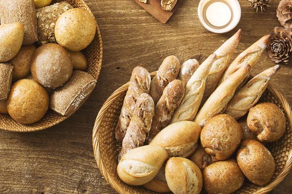 業務用アウトレットセール開催中のパン通販「Pan&(パンド)」!自宅でおいしいパンはいかが?