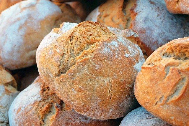 日持ちするのに美味しい人気パンをご紹介!手作りのコツも教えます