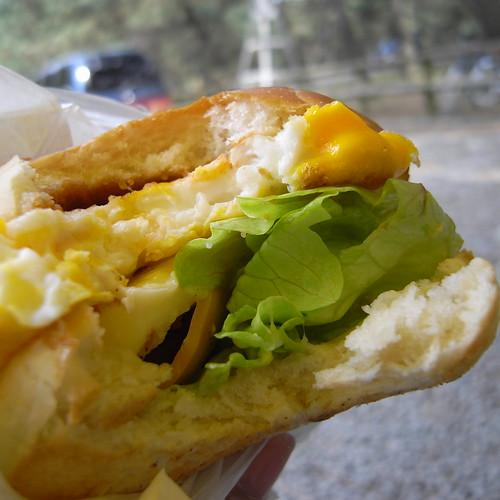 佐賀県唐津のご当地B級グルメ「唐津バーガー」とは?人気の秘密や名店をご紹介