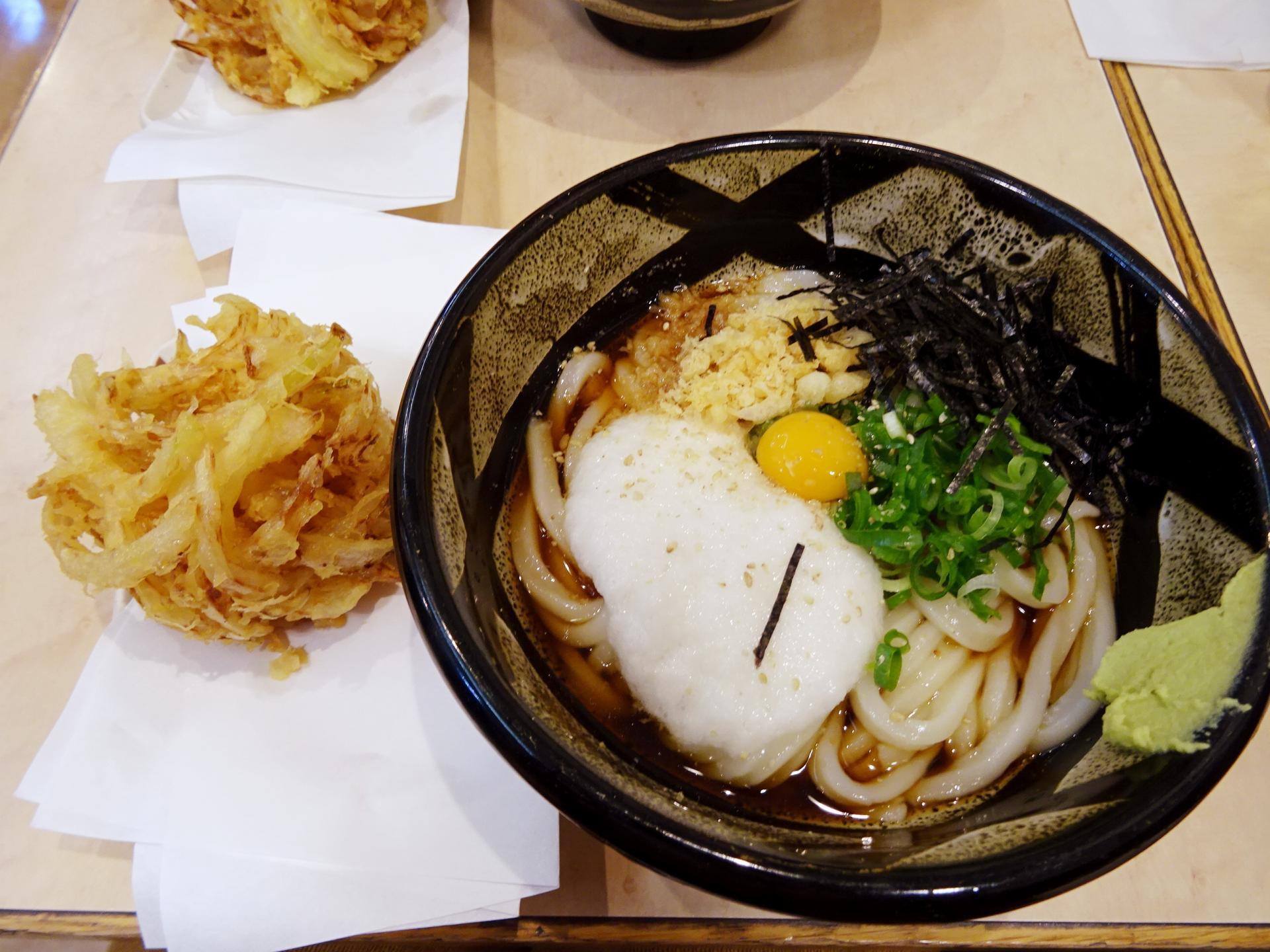 ぶっかけうどんは岡山・倉敷発祥の郷土料理!人気の食べ方をご紹介