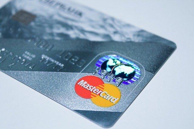 いきなりステーキで使えるクレジットカード・電子マネーまとめ!QR決済は?