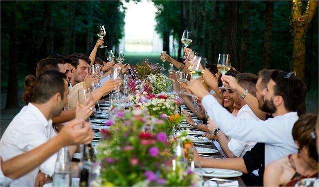 結婚式パーティー