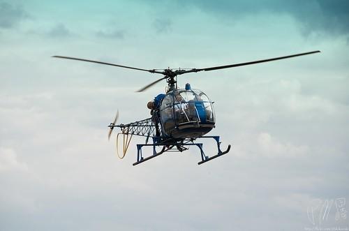 ピストンエンジンヘリコプター