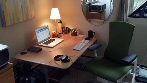 机は整理整頓しておく