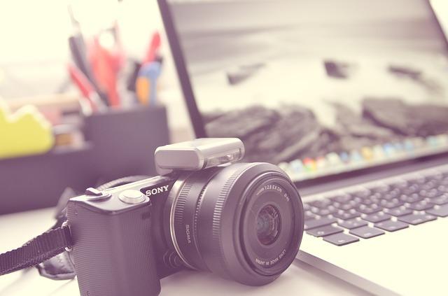 背面カメラ付きの2in1pc