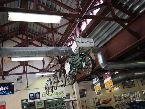クロスバイク展示