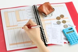家計簿をエクセルでつけよう!簡単な作り方や無料のアプリもご紹介!