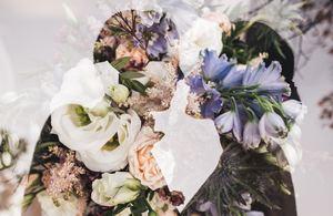 結婚祝いのお返しでのしのマナーを紹介!名前の書き方や水引の選び方あり!