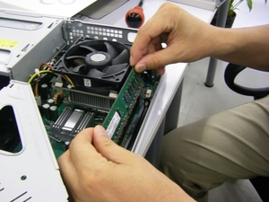 メモリ増設の効果は?作業の仕方や速度の測定方法もご紹介!