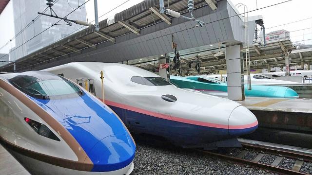 新幹線の指定席を変更する方法は?当日や券売機でのやり方もチェック!