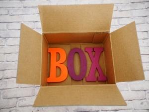 らくらくメルカリ便の箱はどこで購入できるか調査!箱代や買い方は?