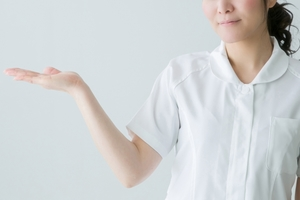 看護師が副業するなら?在宅などおすすめ23選と注意点をご紹介