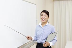 マストの意味とは?ビジネスでの使い方・例文・対義語などをまとめて紹介!