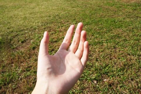小指が短い人の性格に見られる特徴!手相占いによる見解や霊感もチェック!