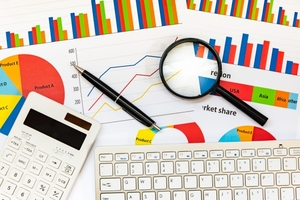 CFDとは?効率よく稼げる取引の仕組みやメリット・デメリットも解説!
